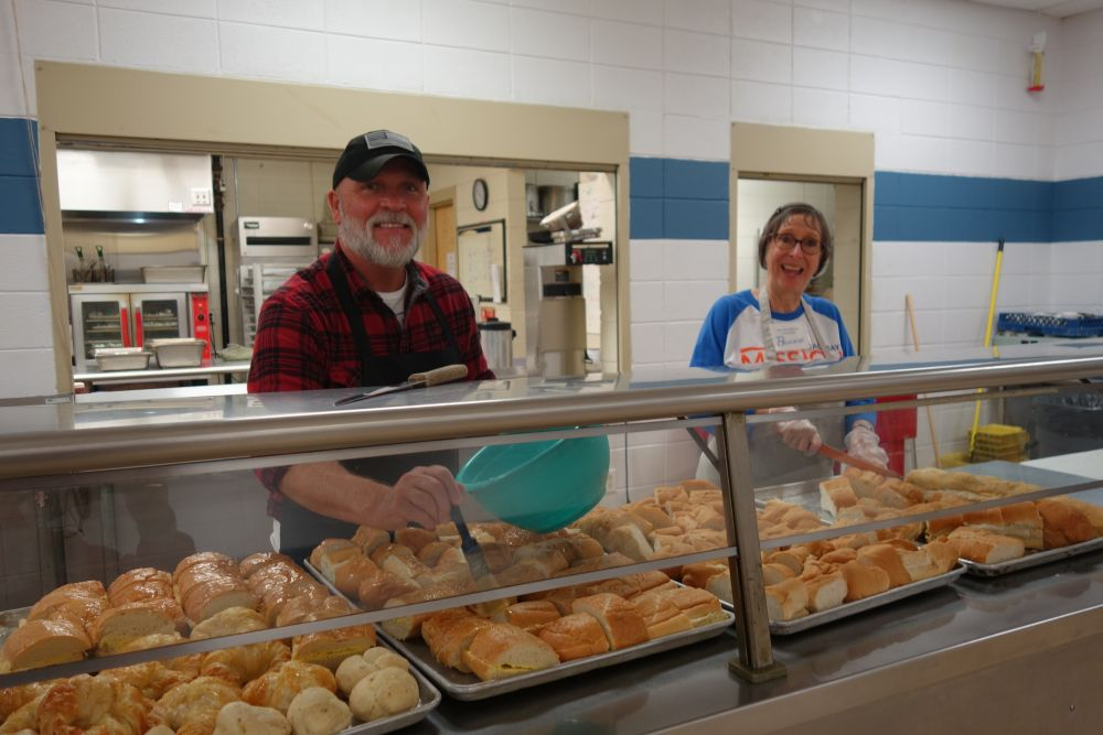 Loaves and Fishes volunteers Ken from MI and Bonnie Westcott 1.30.19
